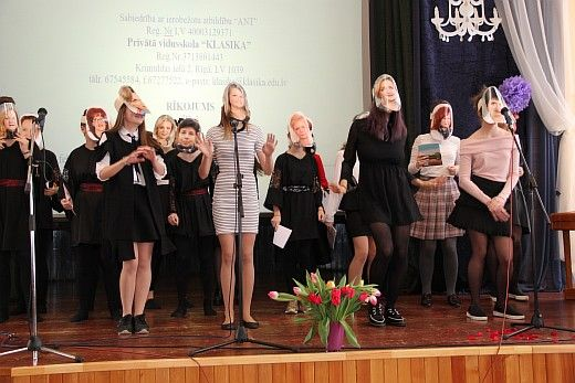 8_marts_privata_vidusskola_klasika_2017_050.jpg